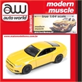 2015 - Ford MUSTANG GT Amarelo - Auto World - 1/64