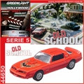 GL HOLLYWOOD  5 - 1977 Pontiac Firebird T/A - Greenlight - 1/64